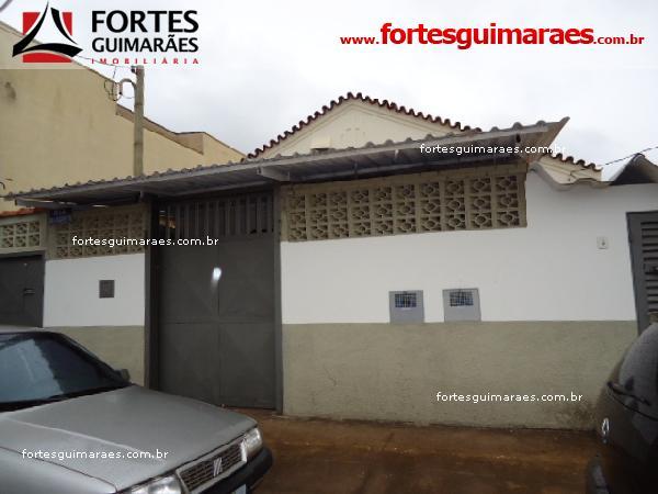 Alugar Casas / Padrão em Ribeirão Preto. apenas R$ 1.500,00