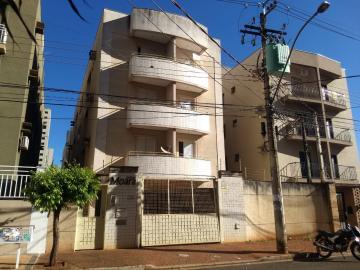 Apartamentos / Padrão em Ribeirão Preto Alugar por R$690,00