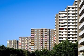 Entenda as diferenças entre condomínio e loteamento fechado