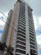 Alugar Apartamentos / Padrão em Ribeirão Preto. apenas R$ 2.700,00
