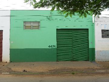 Alugar Comercial / Salão em Ribeirão Preto. apenas R$ 2.400,00