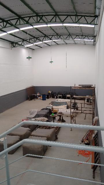 Alugar Comercial / Salão em Ribeirão Preto. apenas R$ 3.700,00