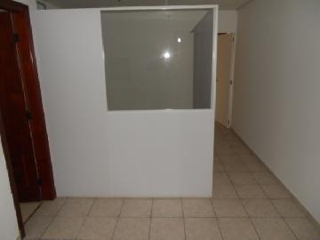 Alugar Comercial / Sala em Ribeirão Preto. apenas R$ 500,00