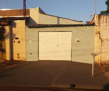 Casas / Padrão em Ribeirão Preto Alugar por R$700,00