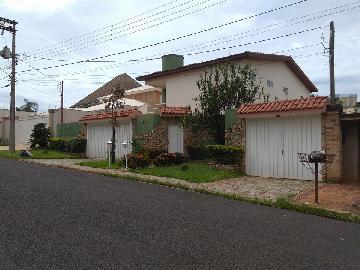 Alugar Casas / Padrão em Ribeirão Preto. apenas R$ 6.000,00
