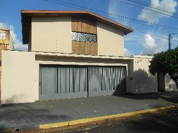 Casas / Padrão em Ribeirão Preto Alugar por R$4.000,00