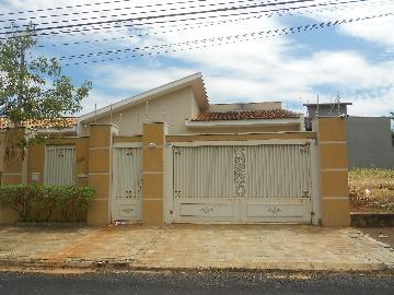Alugar Casas / Padrão em Ribeirão Preto. apenas R$ 3.200,00