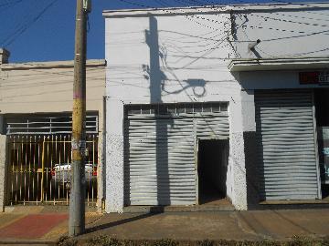 Alugar Comercial / Salão em Ribeirão Preto. apenas R$ 600,00