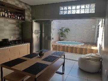 Casas / Padrão em Ribeirão Preto Alugar por R$2.800,00