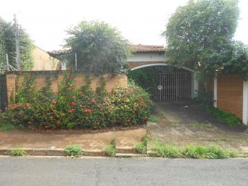 Casas / Padrão em Ribeirão Preto Alugar por R$2.600,00