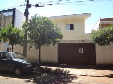Alugar Casas / Padrão em Ribeirão Preto. apenas R$ 4.000,00