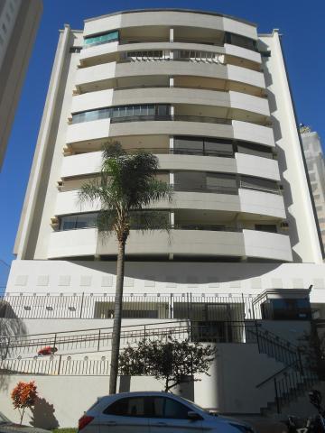 Apartamentos / Padrão em Ribeirão Preto Alugar por R$1.420,00