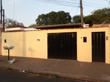 Casas / Padrão em Ribeirão Preto Alugar por R$550,00