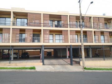 Alugar Apartamentos / Padrão em Ribeirão Preto. apenas R$ 800,00