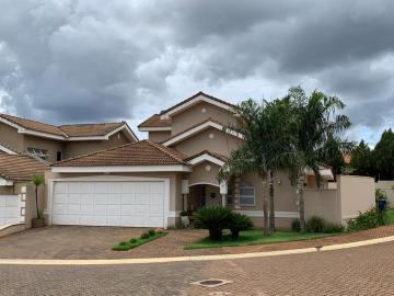 Bonfim Paulista Condominio Santa Monica I Casa Locacao R$ 6.000,00 Condominio R$1.100,00 4 Dormitorios 3 Vagas Area do terreno 962.54m2